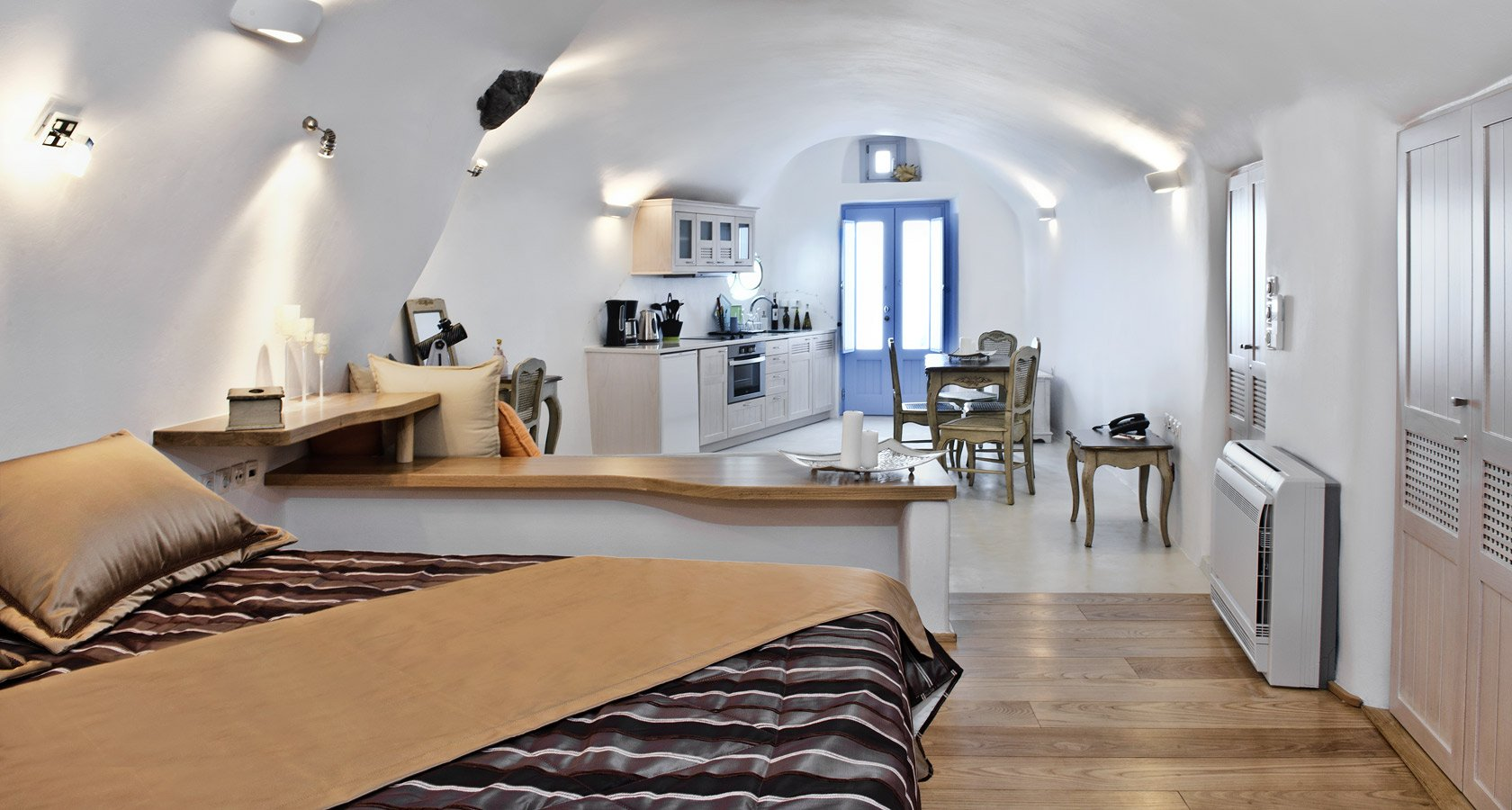 Interior of Villa Gaia in Oia Santorini – A superb cave house in Santorini