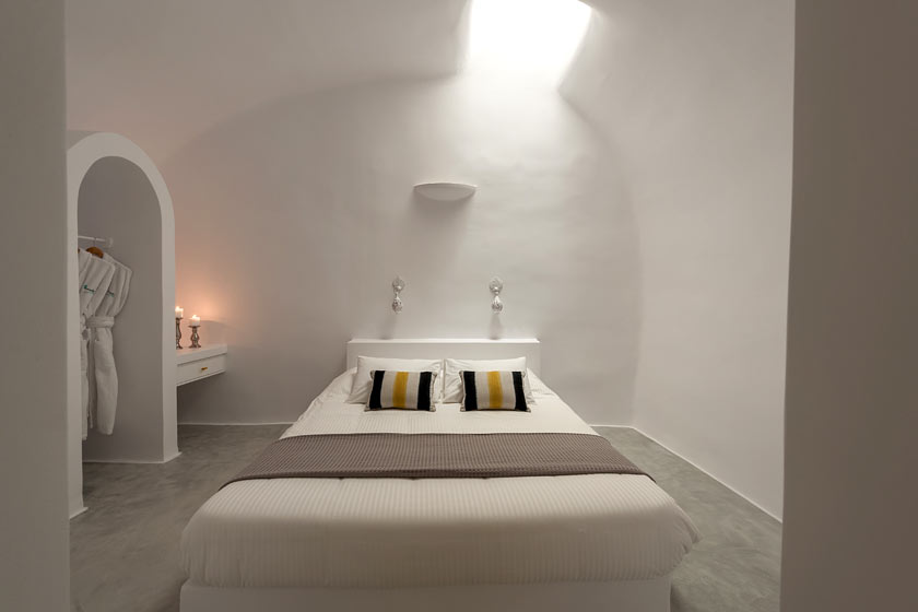 The Bedroom of Villa Avra for your Accommodation in Santorini