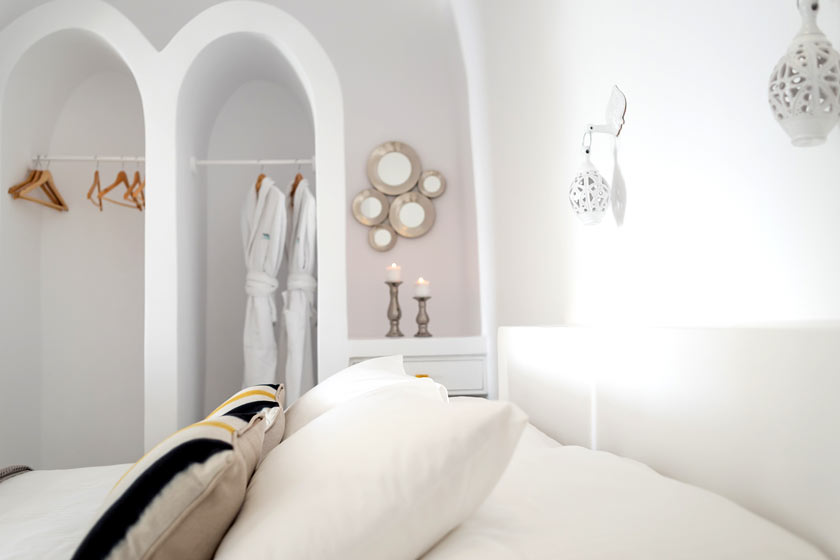 Detail Of The Bedroom Of Villa Avra For Your Accommodation In Santorini